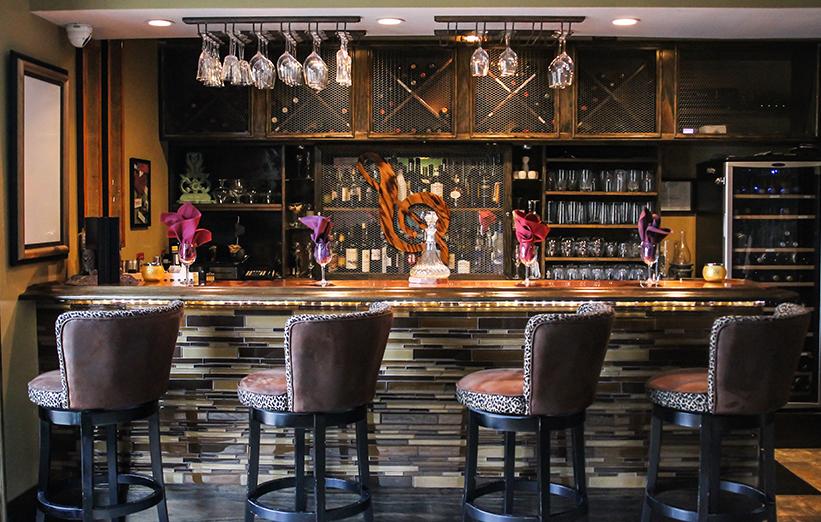 Restaurant Story 2 Delightful Decor : Symphony hotel cincinnati over the rhine